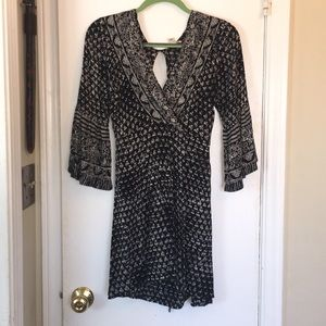 Billabong black and white dress - worn once!